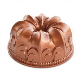 Nordic Ware - Fleur De Lis (Flower of the Lily) Bundt Pan